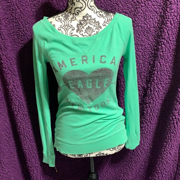 Womens AMERICAN EAGLE long sleeve Tee Medium